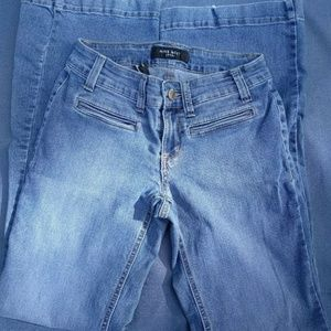 women's Nine West jeans low-rise size 4/26 average